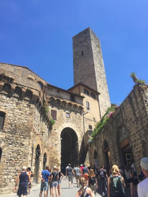 cool tower pic san gimignano