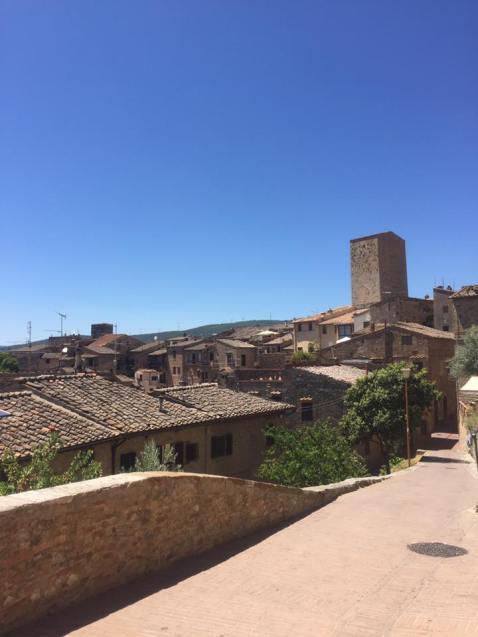 rooftops san gimignano