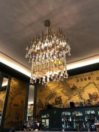 Die Goldene Bar-